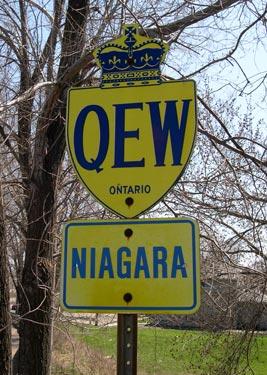 QEW - © Cameron Bevers