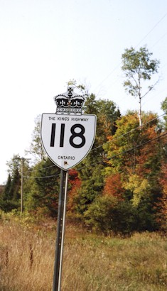 HWY 118 ROUTE MARKER - © Cameron Bevers