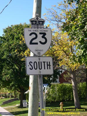 HWY 23 ROUTE MARKER - © Cameron Bevers