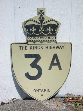 HWY 3A ROUTE MARKER - © Cameron Bevers