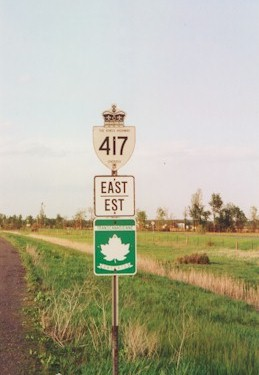 HWY 417 ROUTE MARKER - © Cameron Bevers