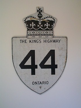 HWY 44 ROUTE MARKER - © Cameron Bevers