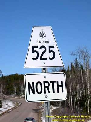 HWY 525 ROUTE MARKER - © Cameron Bevers
