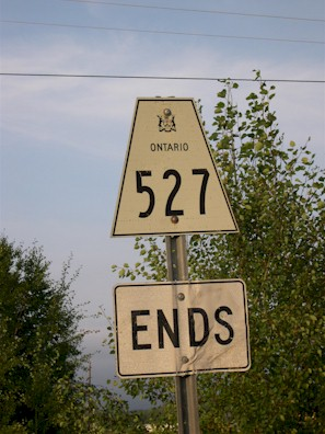 HWY 527 ROUTE MARKER - © Cameron Bevers