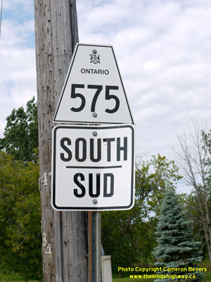 HWY 575 ROUTE MARKER - © Cameron Bevers