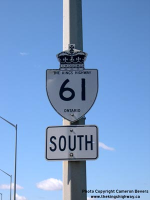 HWY 61 ROUTE MARKER - © Cameron Bevers