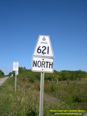 HWY 621 ROUTE MARKER - © Cameron Bevers