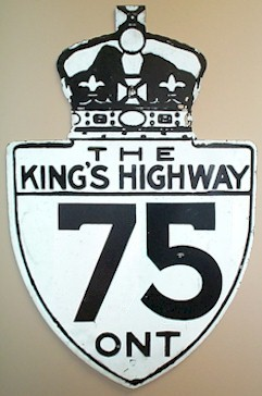 HWY 75 ROUTE MARKER - © Cameron Bevers