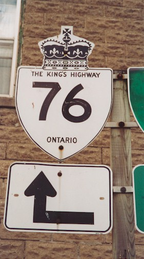 HWY 76 ROUTE MARKER - © Cameron Bevers