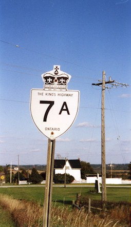 HWY 7A ROUTE MARKER - © Cameron Bevers