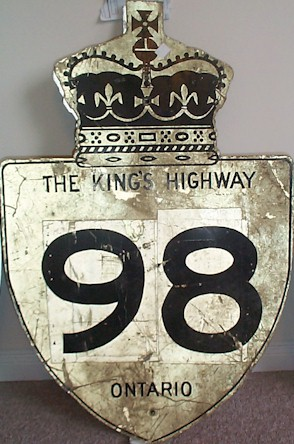 HWY 98 ROUTE MARKER - © Cameron Bevers