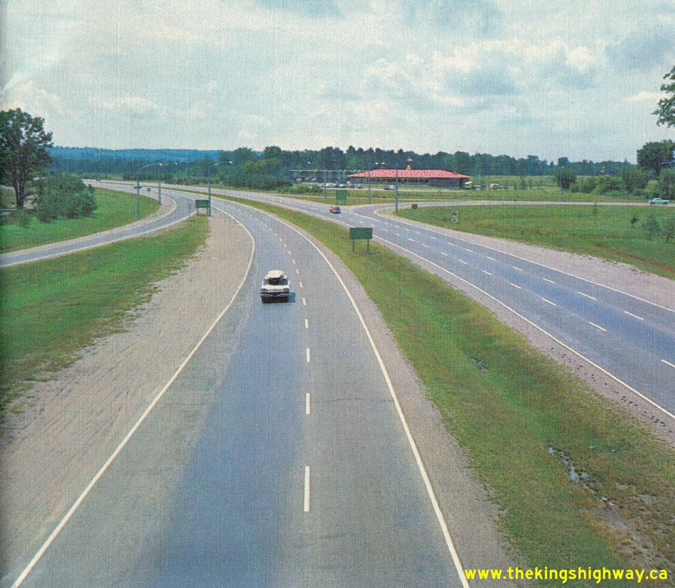 Ontario highway 400 photographs page 2 history of for Mobilia highway 7